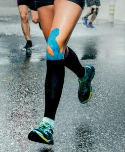 Runner's knee injuries using sports kinesiology tape